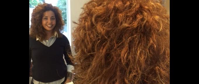 Sandro Cassolari dá dicas de cortes para cabelos cacheados