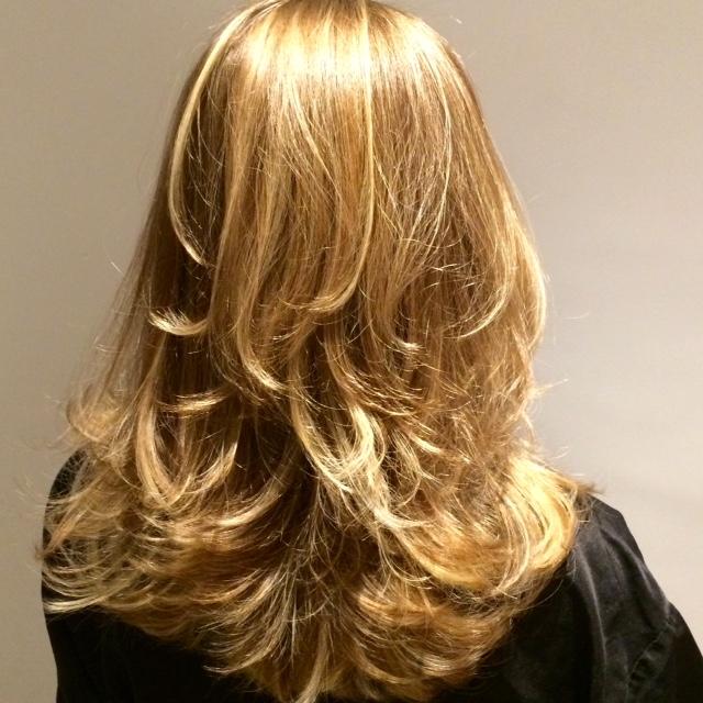 Anote aí: dicas simples (e eficientes) para dar volume aos cabelos finos