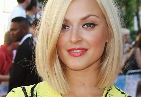 Hairstylist dá dica de 3 cortes para mulheres práticas